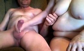 Fat Amateur Granny Sucks And Strokes A Meat Pole On Webcam