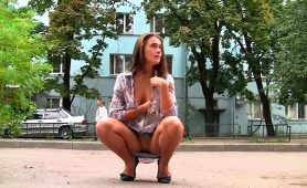 shameless-russian-teeny-flashing-her-hot-body-in-the-street