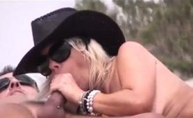 Kinky Mature Ladies Reveal Their Blowjob Skills On The Beach