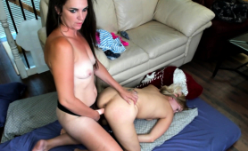 hot-milf-drills-her-lesbian-lover-s-cunt-with-a-strap-on-toy