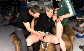 curvy-amateur-granny-in-stockings-gets-pounded-by-two-guys